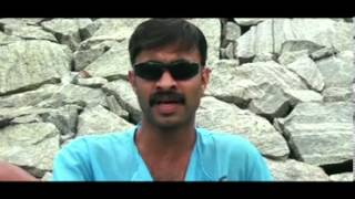 MalabarintE TAARAM santhosh pandit new hit comedy song @ ollur vipin