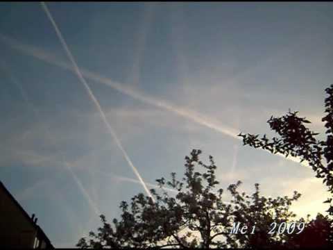 Remember the Colour blue.Distinctions Contrail Chemtrail.