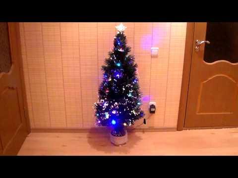 Светящаяся искусственная ёлка на tubethe.com