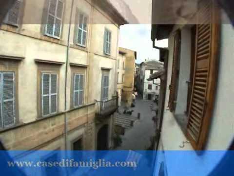 bolsena Piazzetta San Rocco , appartamentino con affaccio da ristrutturare