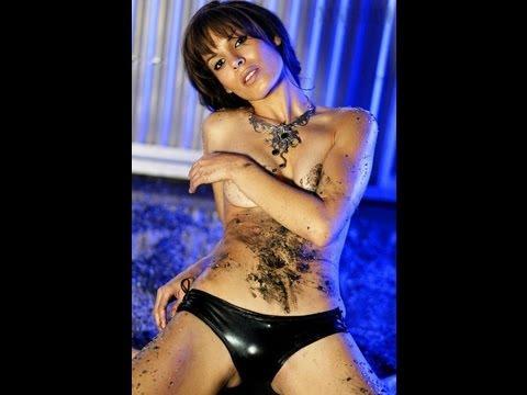 Nadine Velazquez Showig Her... Unseen thumbnail