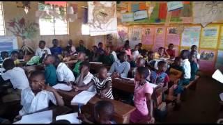 Ugandan kids sing Damien Dempsey
