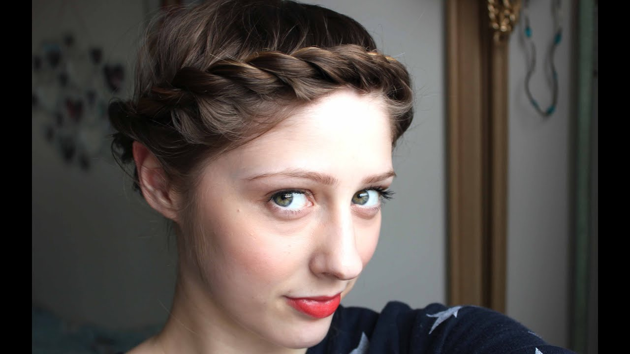 Quick & Easy hairstyle for short hair: crown twist - YouTube