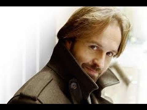 Alfie Boe - Bring Him Home - Memorial Day Concert 2013 - BBC Radio Interview - Classical Singer