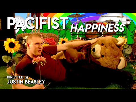 Pacifist* Happiness from the EP (Everybody Loves Fun) www.myspace.com/pacifistmusic KOTK Productions www.kotkproductions.com www.myspac.com/kotkpro Directed by Justin Beasley Edited...