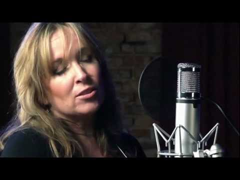 Gretchen Peters - On A Bus To Stcloud