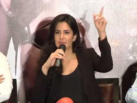 Dhoom3 Unit Visits Hyderabad - Idlebrain video