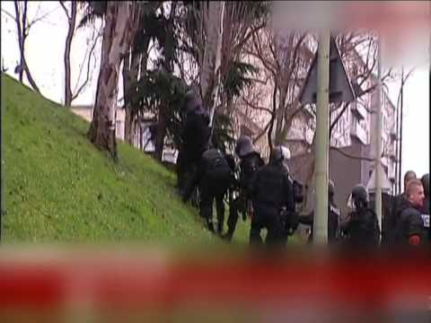 Terrorist hostages Paris - French police in action