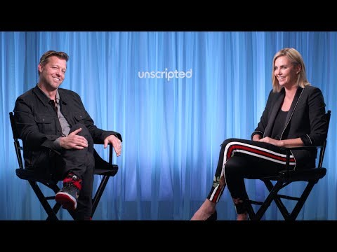'Atomic Blonde' | Unscripted | Charlize Theron, David Leitch streaming vf