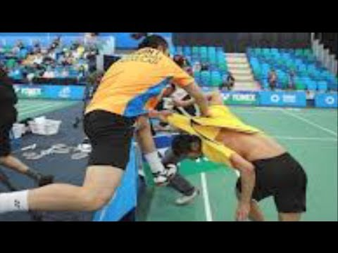Crazy Badminton Fight!
