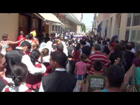 2010 0411 14:54 CeltFest Cuba: Street Parade - Calle Obispo
