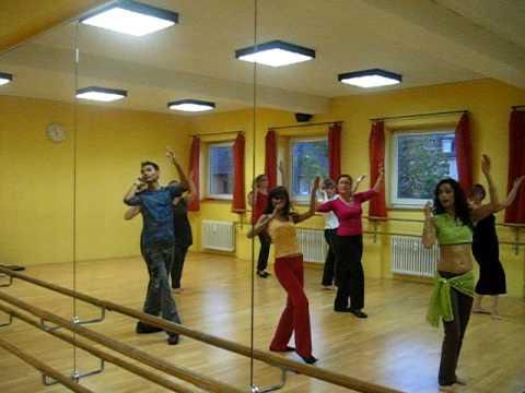 Bollywood tanz Frankfurt Deutschland- Parde me rehne do
