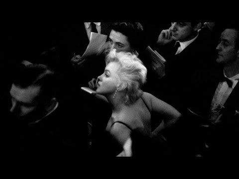 Marilyn and N°5 - Inside CHANEL