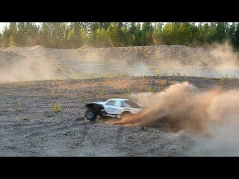 Losi 5ive-T 30.5cc - Sandpit Run