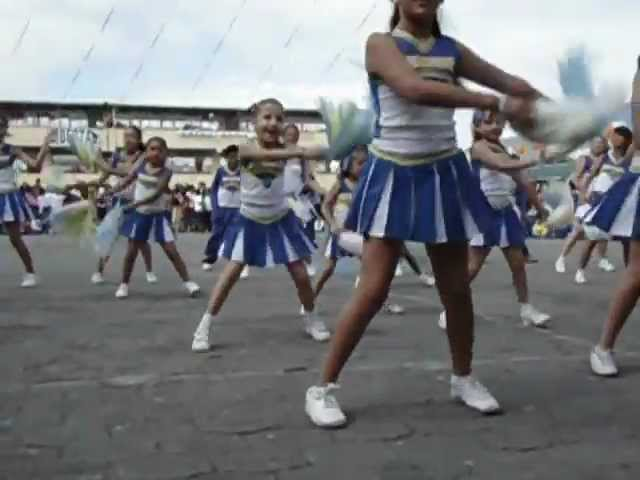 video colegio frances quito: