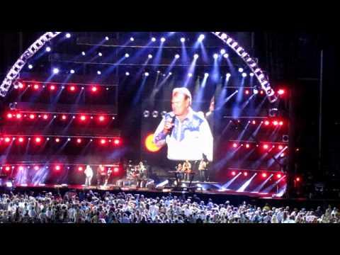 Glen Campbell - Rhinestone Cowboy ((Live June 07.2012))