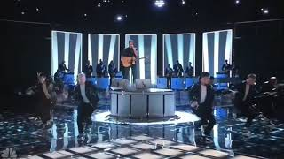 Blake Shelton Gwen Stefani You Make It Feel Like Christmas Live The Voice