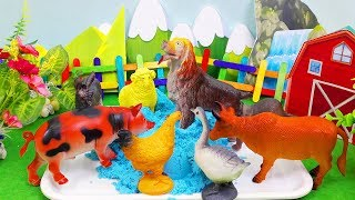 7 color kinetic sand with farm animal toys for kid