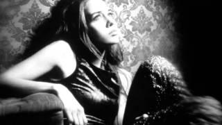 Watch Fiona Apple Slow Like Honey video