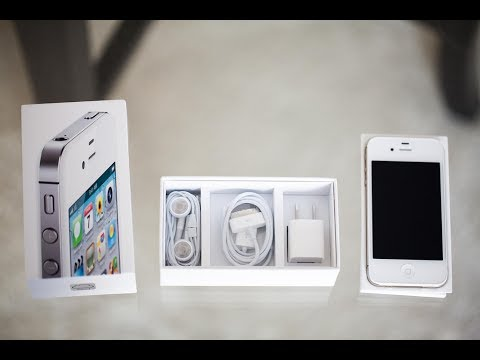 Apple iPhone 4S Unboxing