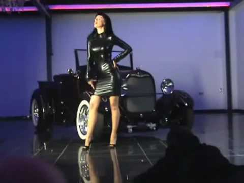 Girls and Legendary US Cars 2011 Video