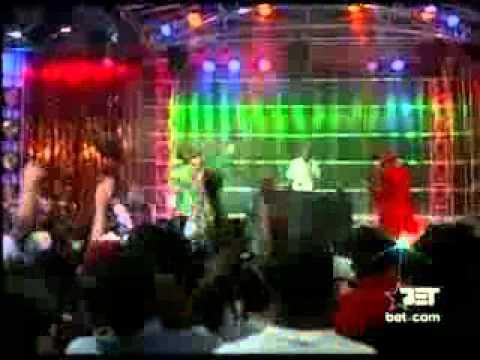 Akon Feat  Styles P   Locked Up live