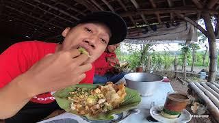 Sarapan Nasi Pecel Pincuk godong jati - Wisata Kuliner Ponorogo