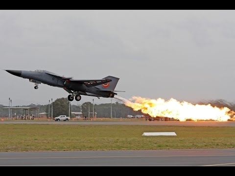 F111 Final Dump & Burn - Williamtown Airshow 2010