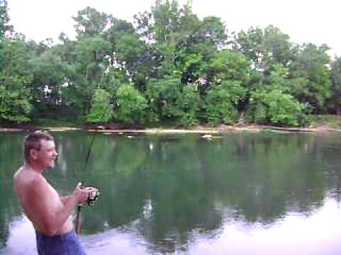 Fishing in the oklahoma illinois river youtube for Illinois river fishing