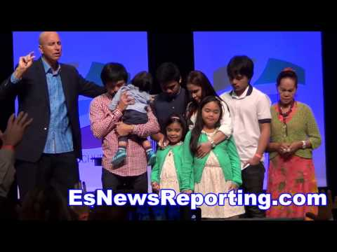 manny pacquiao emotional prayer for his fight vs floyd mayweather -EsNews