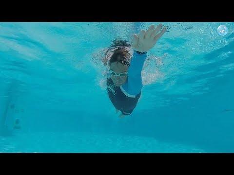 Плавание кролем на груди: как сделать так, чтобы плыть быстрее, а грести при этом стало легче?!