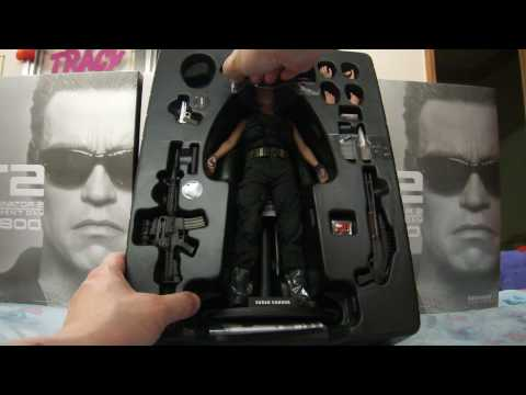 Hot Toys 12 Terminator 2 Judgment Day Sarah Connor OPEN BOX
