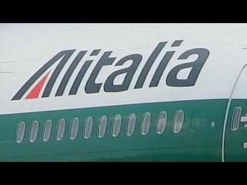 Alitalia mulls job cuts as part of rescue plan