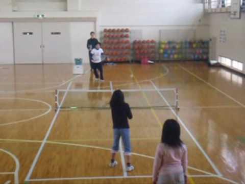 初めてのバウンドテニス.wmv
