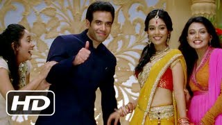 Love U...Mr. Kalakaar! - Love U Mr. Kalakaar - Title Song - Tusshar Kapoor, Amrita Rao