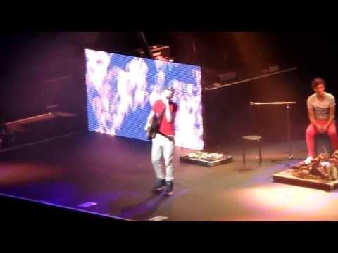 Song Mashup - One Direction - Birmingham NIA