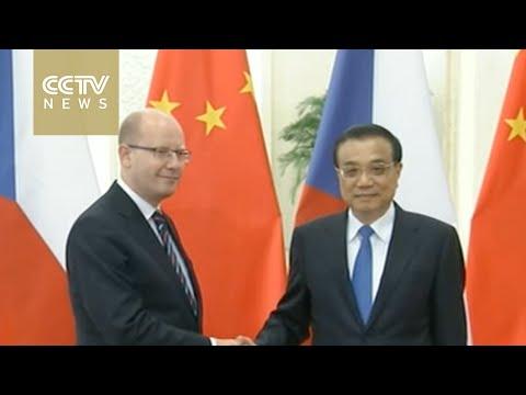 Premier Li Keqiang meets Czech Prime Minister