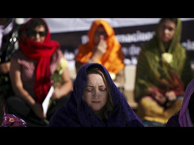 Mundo une-se contra a violência contra as mulheres