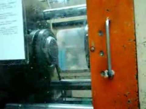 Maquina para inyeccion de plastico