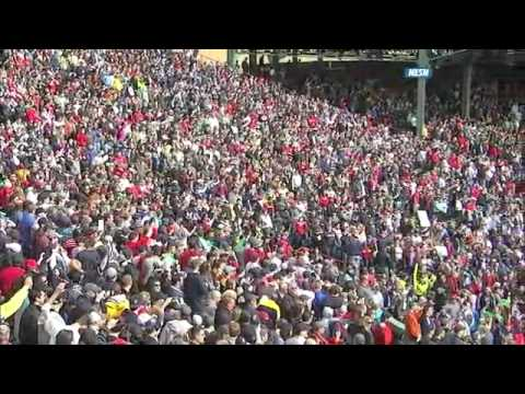 Neil Diamond honors Boston after Marathon Bombings - 4/20/2013 (Sweet Caroline)