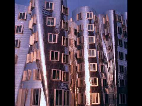 Frank Gehry: Deconstructivist Architect