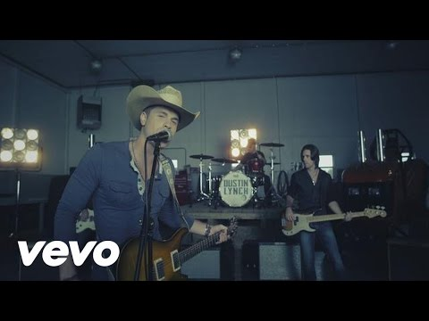 Dustin Lynch - She Cranks My Tractor Music Videos