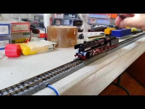 N Scale Arnold 2-8-2 with DCC. Sound and Smoke Generator