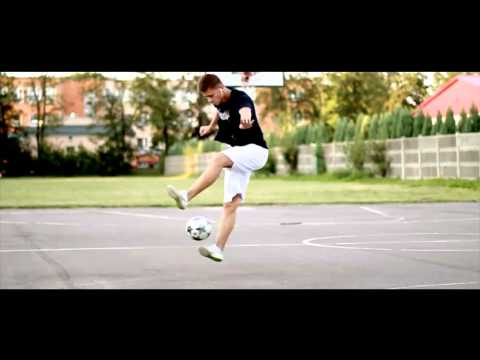 Freestyle Football Compilation 2014 - Feel It video