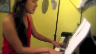 Adrienne Sim 鑫儀 - 你不知道的事 (ni bu zhi dao de shi) cover