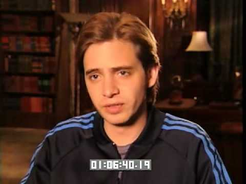 Aaron Stanford talks about Traveler