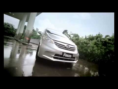 Honda Freed - It's Time to Change
