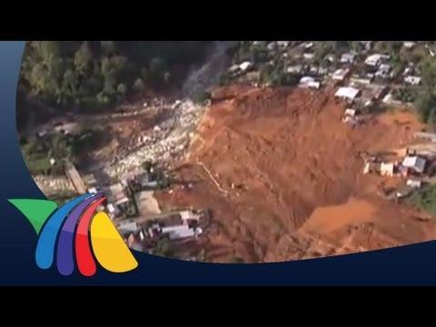Toneladas de lodo sepultan a La Pintada en Guerrero