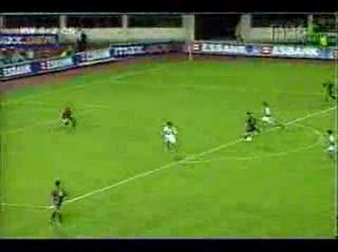 Galatasaray - Hagi chip goal