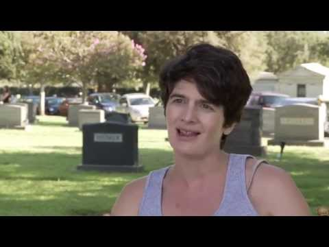 "Transparent: Gaby Hoffmann ""Ali Pfefferman"" Behind the Scenes Interview"